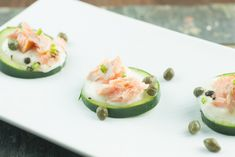 Smoked salmon cucumber bites with tangy lemon coconut cream | Ultimate Paleo Guide