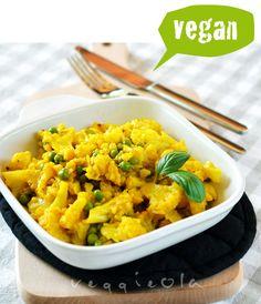veggieola: Kalafior z groszkiem i kurkumą
