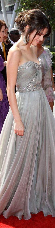 Marchesa red carpet dress Selena Gomez.