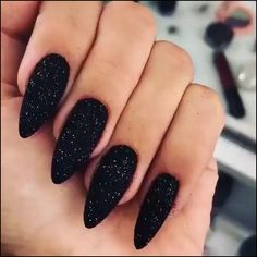 There are three kinds of fake nails which all come from the family of plastics. Acrylic nails are a liquid and powder mix. They are mixed in front of you and then they are brushed onto your nails and shaped. These nails are air dried. Black Nails With Glitter, Black Acrylic Nails, Black Coffin Nails, Cute Black Nails, Nail Black, Sparkle Acrylic Nails, Stiletto Nails Glitter, Dark Nail Art, Pointed Nails