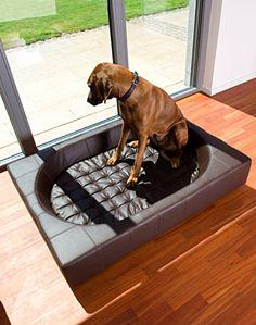 Doggone Hip & The Cat's Meow: Pet Interiors' Fabulous Felt and Leather Pet Beds Cubes, Pet Organization, Designer Dog Beds, Dog Furniture, Natural Bedding, Pet Home, Pet Beds, Dog Houses, Dog Design