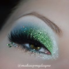 Beauty Feature: @makeupmydayno  #mikasabeauty Beauty Brushes, Photo Makeup, Mikasa, Beautiful Eyes, Eye Makeup, Mermaid, Glitter, Face, Inspiration