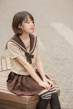 Student Fashion, School Fashion, Japan School Uniform, Cute Kawaii Girl, Sailor Fashion, Girls Uniforms, Japan Girl, Girl Photography Poses, Cosplay Girls