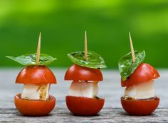 Personal Caprese! This doesn't have a link but I thought it is a simple idea and genius!