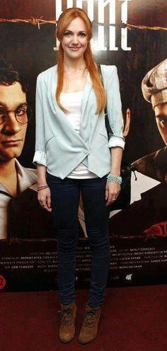 Meryem Uzerli in a lovely blazer:)