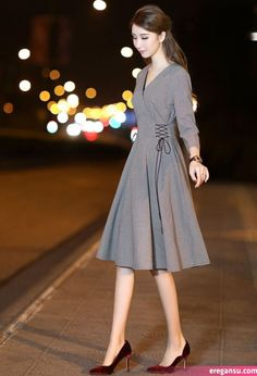 Simple Dresses, Elegant Dresses, Casual Dresses, Frock Fashion, Fashion Dresses, Classy Outfits, Chic Outfits, Hijab Stile, Cute Dresses For Party