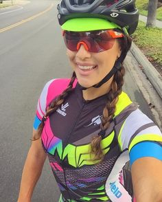 I have an 80 miler planned for this weekend. Let the volume training for Ironman Arizona 140.6 begin! I love the @honeystinger waffle's, gummies, and honey packets for long rides. However, I'm always up for trying new things. What are your favorite things to eat/drink on a long ride, and your go-to's for an Ironman or endurance event? BTW how badass is my @kenzmadison collection #JLVELO kit? LOVE. #racenutrition #ironmantraining #fuel #cycling #cyclinglife #trilife #kitwatch #ironma...