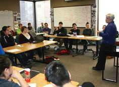 Nunavik leader Mary Simon speaks to students at the Ottawa-based Nunavut Sivuniksavut in 2014. The Kativik School Board is working to launch a Nunavik version of the program in Montreal for 2017, with funding from Makivik.