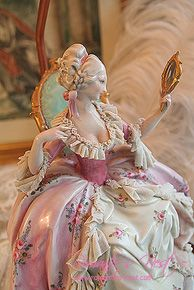 Dresden Lady Looking In A Mirror Figurine Dresden Porcelain, Fine Porcelain, Porcelain Ceramics, Porcelain Doll, Royal Doulton, Marie Antoinette, Delft, Dresden Dolls, Dresden China
