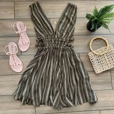 """✨shopdressygirl.com✨ on Instagram: """"KENYA Dress just added in Olive 🌴 Also Comes in Rust ~ All Orders Ship FREE ~ Tap on items to Order  ❤️SHOPDRESSYGIRL.com"""""""