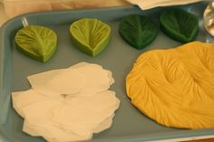 A Cake To Remember VA: How To Make Wafer Paper Flower Petals