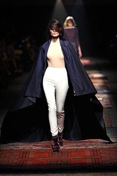 Maison Margiela Spring 2012 Ready-to-Wear Fashion Show - Julie Vanden-Breeden (NEW MADISON)