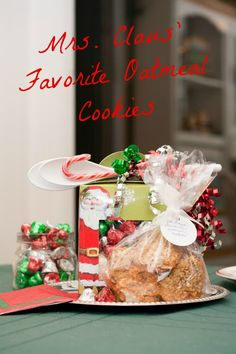 Mrs Claus Oatmeal Cookies