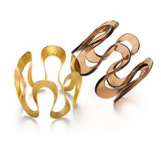 Chorthip Lagnese, who created signature pieces at Tiffany & Co. for years before launching her namesake line in 2009, has created an exclusive Infinity bracelet for Whisper. An elegant, wave-inspired design, the bangle is handmade and available in either 18k gold vermeil or high-quality, highly polished polymer, which is both flexible and durable. The resin bangle comes in a luscious transparent chocolate and is available in two sizes.