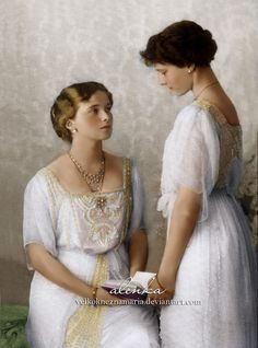 Two elder daughters of the last Russian Tsar grand Duchesses Olga (1895-1918) and Tatiana (1897-1918) posing in 1913.