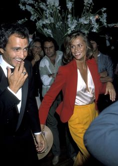 Lauren Hutton's 70's colour blocking