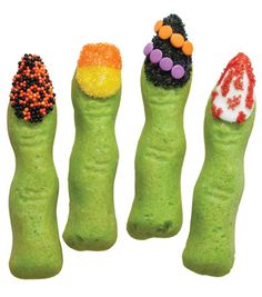 Love these Halloween manicured finger cookies from @Wilton Cake Decorating Cake Decorating!