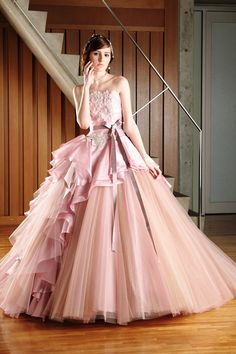 Beautiful Gowns, Beautiful Outfits, Fantasy Gowns, Fairytale Dress, Disney Princess Dresses, Vestidos Vintage, Ballroom Dress, Ball Gown Dresses, Dream Wedding Dresses