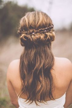 Bohemian Hairstyle with Fishtail Braid - Wedding Hairstyle Ideas