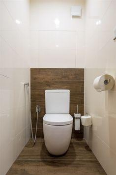 Designová stojící toaleta byla použita na přání majitelů.