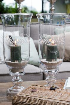 Rivièra Maison Home Trends 2018 Beach Lounge, Modern Cottage Style, Beachy Colors, Shine The Light, Home Trends, Mason Jar Wine Glass, Scandinavian Interior, Trends 2018, Interior Decorating
