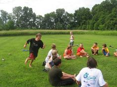 Duck, Duck, SPLASH. Kids water games for groups - summer