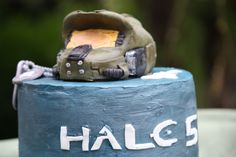 Halo 5 Cake with working helmet lights!!!   SUGAR JEWELS CAKES & CONFECTIONS