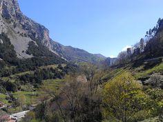 Una mirada a los cerros de Cantabria.