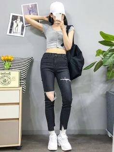 New edgy teen fashion Edgy Teen Fashion, Korean Fashion Trends, Korean Street Fashion, Korea Fashion, Asian Fashion, Womens Fashion, Outfits For Teens, Cool Outfits, Fashion Outfits