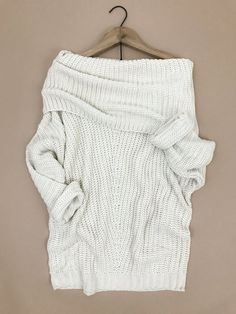 Fold Over Ribbed Sweater. Cozy fall sweaters. Winter outfit. Cream colored  sweater. 51c3b8751