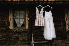 #haft #koronka #goleplecy #madeinpoland #costumemade #weddingdress #lacedress #laceweddingdress #bohowedding #wesele2016 #shortweddingdress #krotkasukniaslubna #barnwedding #milosc @zankyoupl_slub