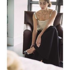 Started rewatching Sex and the City the other night, which has got me extra motivated to dress to the nines and to hit the town this evening. So how's about this gorgeous high waisted full black skirt, tuxedo heels, and antique camisole? All in the...