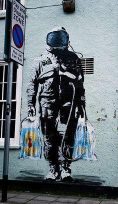 street art by Banksy 3d Street Art, Murals Street Art, Urban Street Art, Amazing Street Art, Street Art Graffiti, Street Artists, Urban Art, Art Banksy, Graffiti Artwork