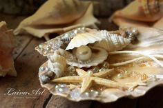Seashell Ring Holder / Beach / Wedding / Ring Bearer Pillow / Shell /  Nautical Wedding / Beach Wedding - pinned by pin4etsy.com