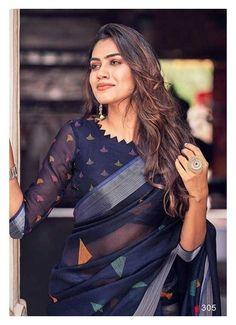 Black Saree Designs, Blouse Designs High Neck, Cotton Saree Designs, Simple Blouse Designs, Silk Saree Blouse Designs, Stylish Blouse Design, Bridal Blouse Designs, Blouse Patterns, Choli Designs