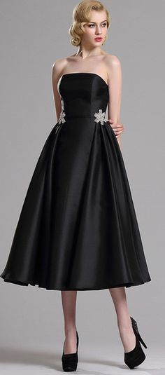 Black Strapless Pleated Cocktail Party Dress