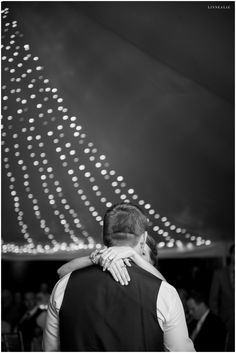 first dance / LinneaLiz Photography / www.LinneaLiz.com