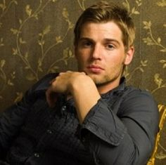 Under The Dome - Mike Vogel