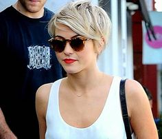 Spikey Pixie Haircut with Bangs 94545__Trendy-Longer