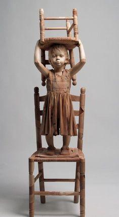 Эфрейм Родригез - Я не могу найти много информации о Эфраим Родригес, но его работа говорит сама за себя. Такие потрясающие, трогательные портреты детства. Моменты, запечатленные в натуральную величину деревянной скульптуры.