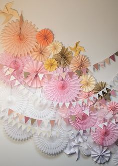 From pinwheels, to paper fans, garlands, tissue flowers, and more. Party Kulissen, Festa Party, Paper Backdrop, Photo Booth Backdrop, Paper Streamers, Diy Backdrop, Backdrop Wedding, Photo Booths, Tissue Paper