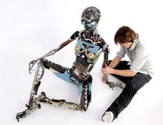 Jeremy Mayer Article: Jeremy Mayer Builds Robots From Recycled Typewriters