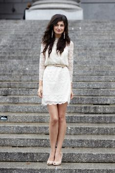 lace dress/city hall wedding