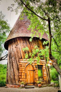 Honeymoon Silo Cottage (Tyringham/ Massachusetts)