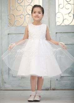 Knee Length Sleeveless Flower Girl Dress With Appliques