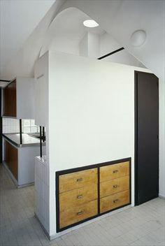 Fondation Le Corbusier - Le Corbusier's Studio-Apartment - Visits of studio-apartment Le Corbusier
