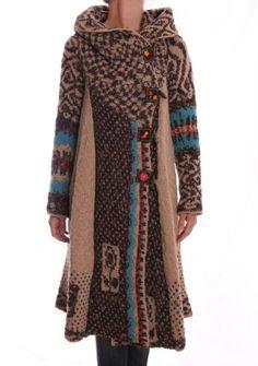 http://blog.heidelzwerg.com/wp-content/uploads/2011/09/IMG_3531-317x450.jpgmake from recycled sweaters