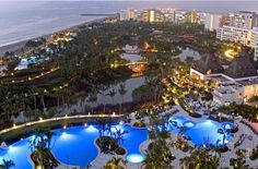 Grand Luxxe Nuevo Vallarta-another cool PV Spot!!!  We have stayed here.......very swanky!!!