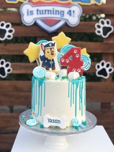 Be blown away by the awesome birthday cake at this paw patrol birthday party!see more party ideas and share yours at catchmyparty com catchmyparty partyideas pawpatrolparty pawpatrolcake 1001 + inspirationen fr ausgefallene paw patrol torte Special Birthday Cakes, 4th Birthday Cakes, Funny Wedding Cake Toppers, Vintage Cake Toppers, Paw Patrol Birthday Cake, Paw Patrol Party, Snowflake Wedding Cake, Torta Paw Patrol, Huge Cake