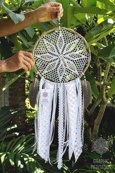 "White doily dream catcher 10"", Crochet boho decor with handmade lace, Wedding dreamcatcher"
